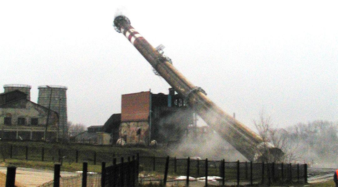 Wyburzenie komina na terenie Kopalni Soli – Wieliczka